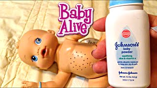 getlinkyoutube.com-Baby Alive Wets n Wiggles Boy Doll Sherlock Feeding and Diaper Change
