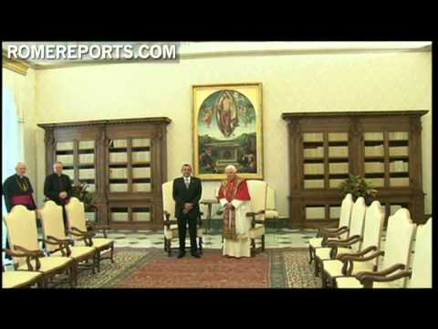 Pope tells Honduras' president Porfirio Lobo  he's glad the country is stable now