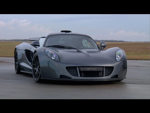 Hennessey Venom GT 0-300km World Record Run - TUNED