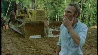 getlinkyoutube.com-Klaus Kinski - Wutausbruch am Filmset von Fitzcarraldo