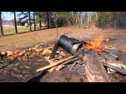 Rocket Stove part 4 - Burning the paint off the barrel
