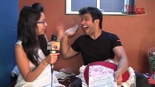 getlinkyoutube.com-Rithvik Dhanjani and Asha negi on FANS DEMAND - Part 3