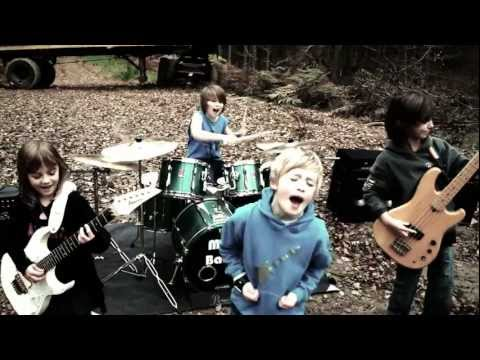 Find The Time Music Video - The Mini Band aged 8 to 10, praised by Metallica and Dream Theater