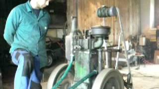 getlinkyoutube.com-Úspěšný test motoru SLAVIA diesel 5hp na živočišný tuk