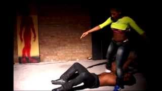 "FEE FEE vs ROB HIP ROLL BATTLE ""FE FE FACE HER FEAR!"" ( WALA CAM ) DA WAR ZONE"