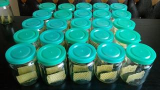getlinkyoutube.com-Сотовый мёд в банках Готовлю банки под сотовый мёд Preparing for cell banks honey