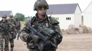 getlinkyoutube.com-The Future Soldier Systems