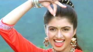 getlinkyoutube.com-Phool Khile Aaye Din - Bhagyashree, Qaid Mein Hai Bulbul Song