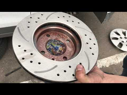 Замена тормозных дисков на Kia Rio и Hyundai Solaris