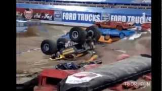 getlinkyoutube.com-Collection Of Crazy Monster Truck Crashes And Monster Truck Fails