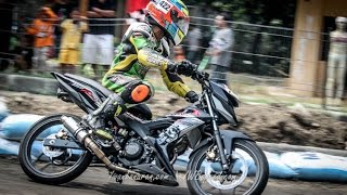 getlinkyoutube.com-Honda new Sonic 150R dan CBR150R road race (HRC seri 5 Medan 2015)