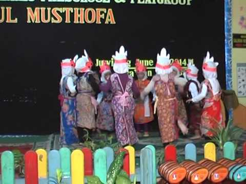 Haflah Tasyakur&Students' Graduation 2014- Part 7
