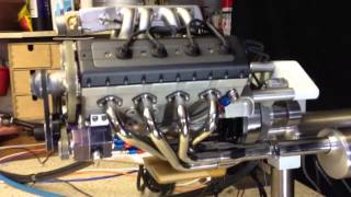 Model V8 engine electronic fuel injection
