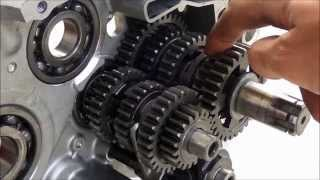 getlinkyoutube.com-How a motorcycle transmission works