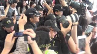 getlinkyoutube.com-IU 李知恩Lee Ji Eun(이지은) Arrived Hong Kong Airport 20151021