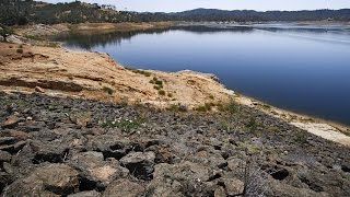 getlinkyoutube.com-What drought has done to Nacimiento Lake