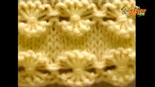 getlinkyoutube.com-Cómo Tejer Flores-How to Knit Flowers2 Agujas (243)