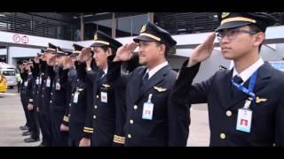 getlinkyoutube.com-Garuda Indonesia - Retirement Flight Capt Purwanto