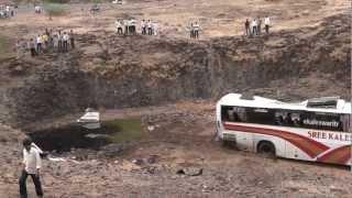 getlinkyoutube.com-KALESHWERI Volvo BUS ACCIDENT HYD TO SHIRDI PART 1