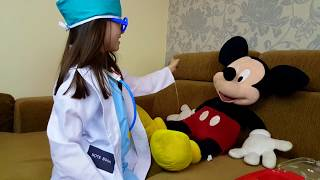 getlinkyoutube.com-Spiderman ,Shrek, Mickey Mouse & Tiger jumping on the Bed/Funny Video/For Kids