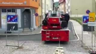 getlinkyoutube.com-Hochzeitsfahrt Feuerwehr Meiningen