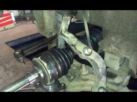 Как заменить рулевой наконечник, шаровую, пыльник (Toyota Hiace)