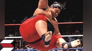 getlinkyoutube.com-10 Worst Finishers by WWE Wrestlers