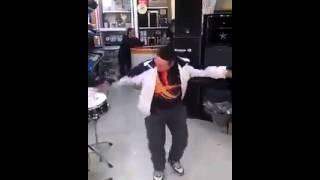getlinkyoutube.com-الرقصة التي تغلبت على رقصة الواي واي 2014