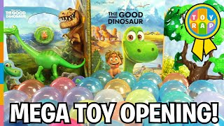 getlinkyoutube.com-THE GOOD DINOSAUR Mega Toy Opening Dinosaur Surprise Eggs Vending Machine ft Arlo by ToyRap