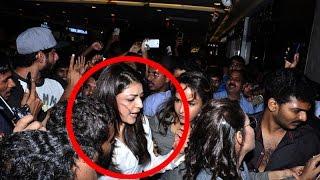 getlinkyoutube.com-Kajal Agarwal Harassed By Fans with Vulgar Behaviour