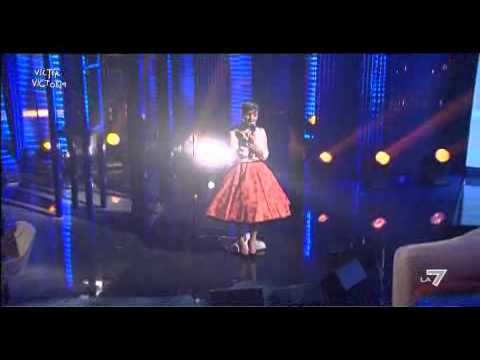 VICTOR VICTORIA - Arisa canta 'Turn away, Run away'  di Jimmy Somerville
