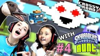 getlinkyoutube.com-Lex & Skylander Aunt Play CROSSY ROAD Part 4!  |  THE GHOST!   (FGTEEV Kids Gameplay)