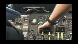 getlinkyoutube.com-Regional Cargo ATR42-300F In Flight - Cockpit