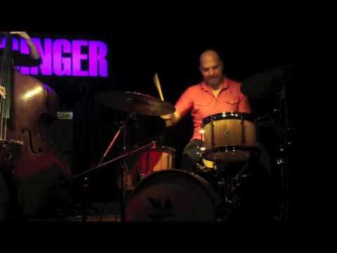 The Bad Plus / David King @ De Singer jazzclub (B)