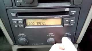 "getlinkyoutube.com-YATOUR YT-M06 ""Digital Music Changer"" with Volvo HU-555 original audio system"