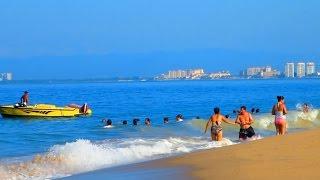 getlinkyoutube.com-Playa de los Muertos (Los Muertos Beach) Puerto Vallarta - 2014