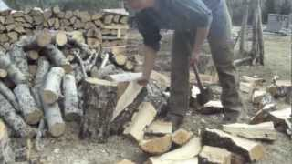 getlinkyoutube.com-Wood splitting with the Twist