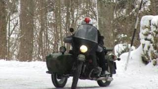 getlinkyoutube.com-VIDEO Napoléon aurait aimé les Eléphants en side Ural ( contenu officiel Moto Journal )