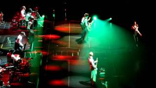 getlinkyoutube.com-Sade - Paradise - Live HD