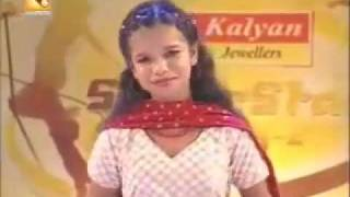 getlinkyoutube.com-13 year old Parvathy singing a song - outstanding performence.mp4