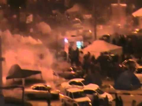 17th Feb. 2011 - Storyful - Bahrain protests at Lulu Roundabout Riot Police Tear Gas