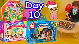 getlinkyoutube.com-Polly Pocket, Playmobil Holiday Christmas Advent Calendar Day 10 Toy Surprise Opening Video