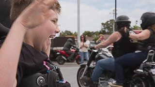 getlinkyoutube.com-100 Bikers Came To Birthday Party For Motorcycle-Loving Boy With Cerebral Palsy
