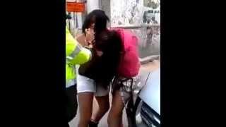 getlinkyoutube.com-Peleas de putas callejeras