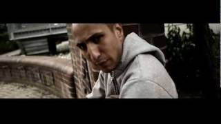 getlinkyoutube.com-Lazar & Kanakan feat. Celo & Abdi - Dagobert Duck Syndrom (Official Video)