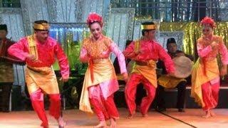 getlinkyoutube.com-Tari Serampang 12 - Kosentra Group