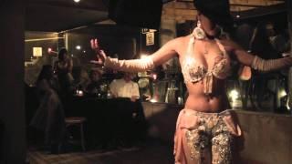 getlinkyoutube.com-Danza Arabe fusion Tango Bailarina: Jadiye