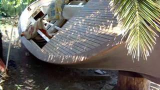 getlinkyoutube.com-Come realizzare una barca da un vecchio gozzo da buttare...(Alghero)