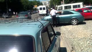 Curaj.TV - Politia se bate cu soferii nedisciplinati