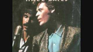 getlinkyoutube.com-Say It Isn't So [Special Extended Dance Mix] -Hall & Oates